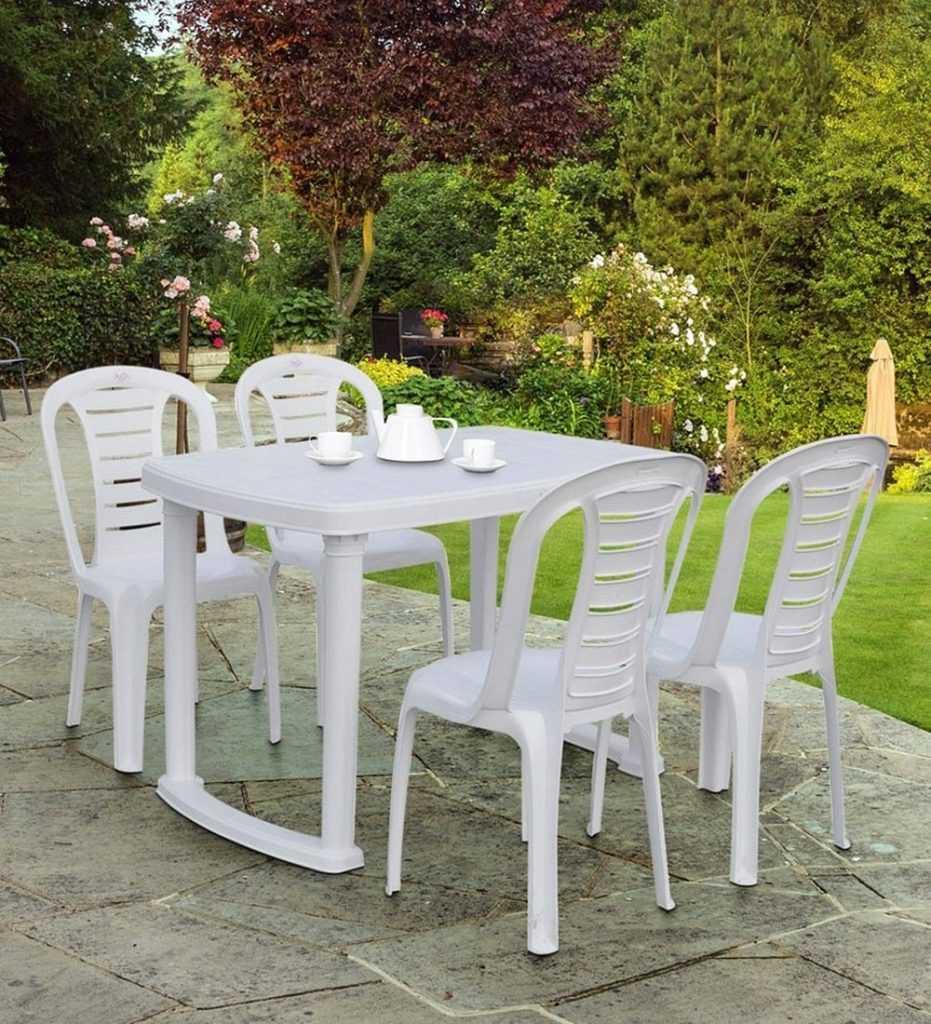 Plastic dining table min 931x1024 - نکات و راهنمای خرید میز ناهار خوری