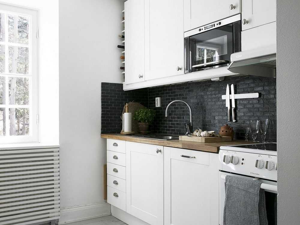 The effect of color on small kitchen decoration min - دکوراسیون آشپزخانه کوچک